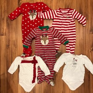 Bundle: Christmas fleece sleepers & onesies 6-12m